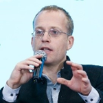 Raefer Wallis (Founder & CEO of GIGA)