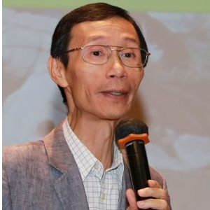 Edwin Lau (Founder and Executive Director of The Green Earth)